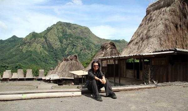 в традиционных деревнях на острове Флорес, Индонезия