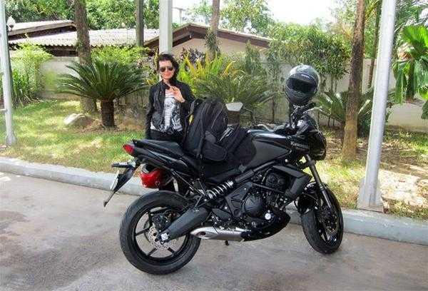 в поездке по Таиланду на мотоцикле Kawasaki Versys