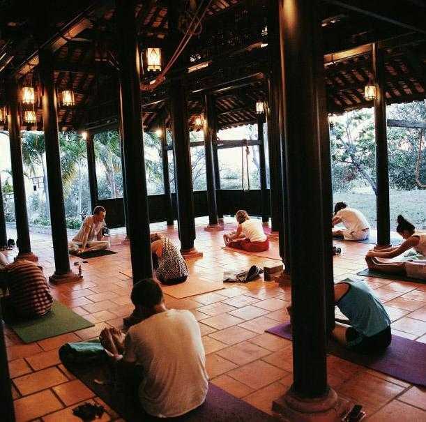 Йога в йога-доме